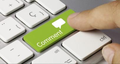 Comment keyboard key. Finger